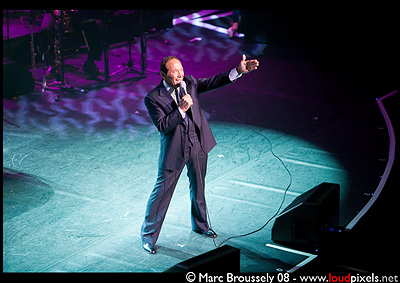 Paul Anka at London Palladium 8 February 2009