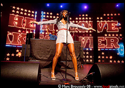 Kelly Rowland with David Guetta at the Roundhouse iTounes festival July 8 2009