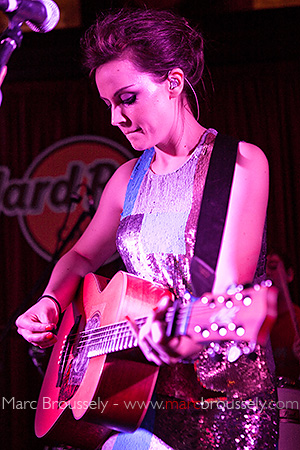 Amy MacDonald at the Hard Rock Cafe, London, 22 February 2010