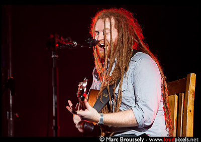 Newton Faulkner at Hammersmith Apollo March 17 2010
