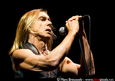 Iggy Pop - Iggy & The Stooges at Hammersmith Apollo May 3rd 2010