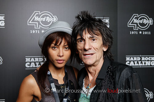 Ronnie Wood and Ana Araujo at Hard Rock Calling 2011